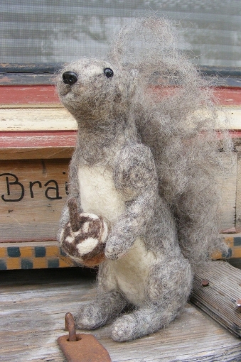 Picture of Gray Squirrel Needle Felting Pattern