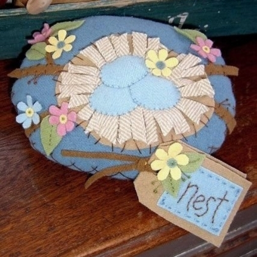Picture of Robin's Nest Pin Cushion