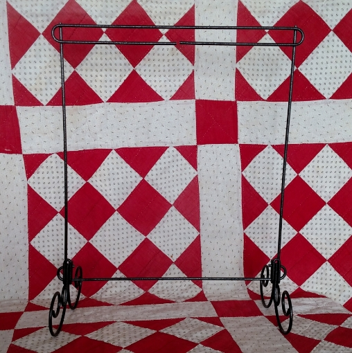 """Picture of 12"""" x 14"""" Metal Quilt Stand"""