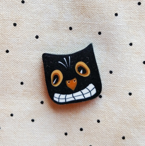 Picture of Spooky Cat Face Button