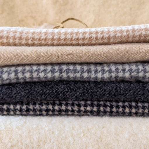 Picture of Hounds & Herring Wool Bundle